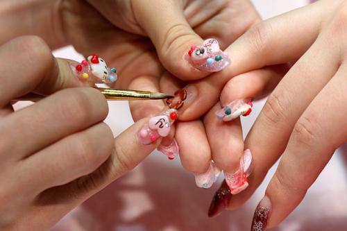 Kết quả hình ảnh cho nghề nail ở mỹ